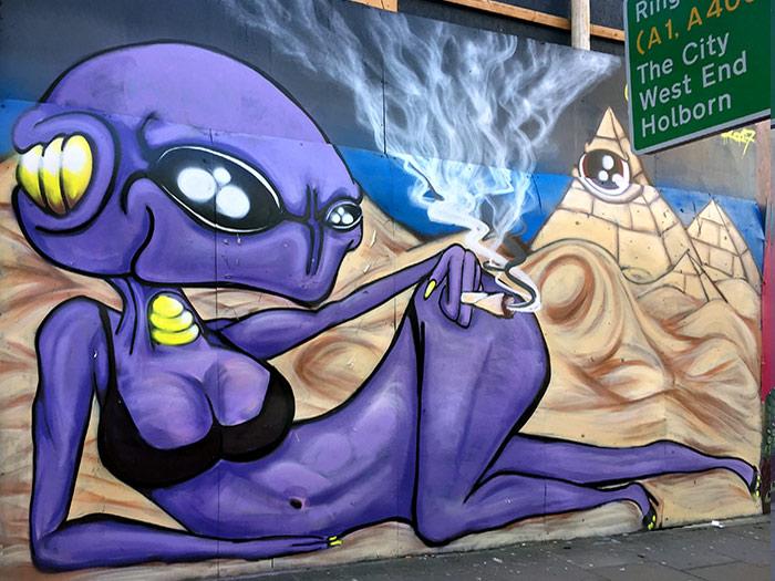 illuminati alien graffiti vinni kiniki