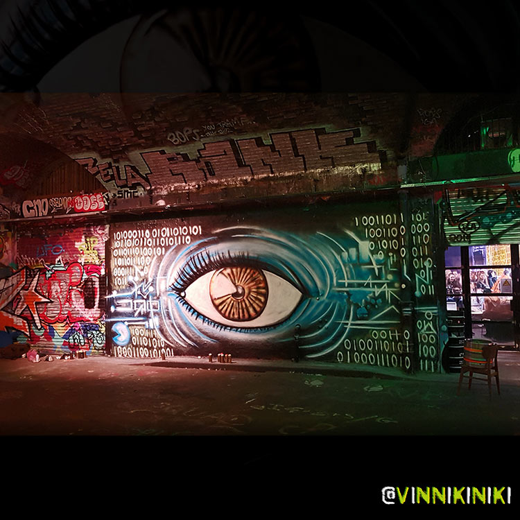 Street Art painting of an eye by Vinni Kiniki