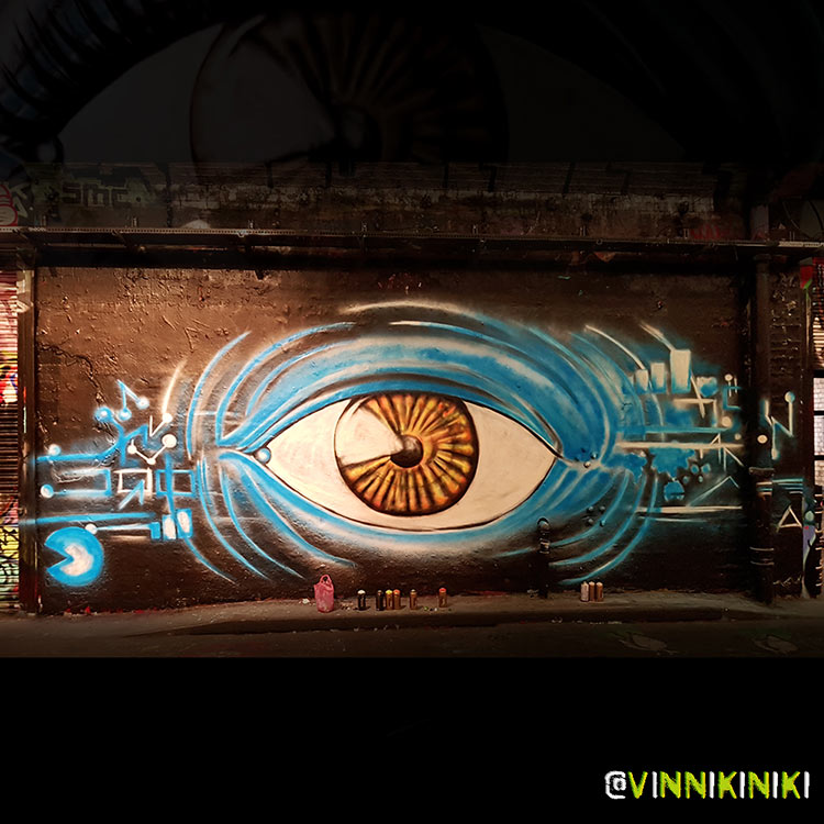 graffiti painting of an eye in progress by Vinni Kiniki